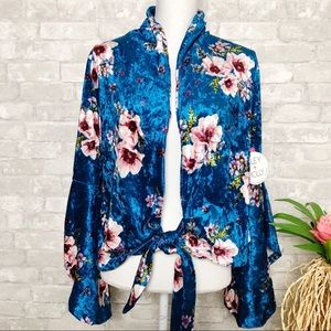 Miley + Molley | Blue Velvet Floral Boho Top Med